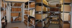 Arkivets magasiner herover er et besøg værd, hvis du søger efter Vardes fortid