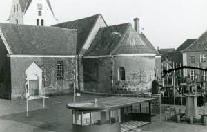 Juli 2016. Varde Torv. Rutebilstationen, Sct. Jacobi Kirke